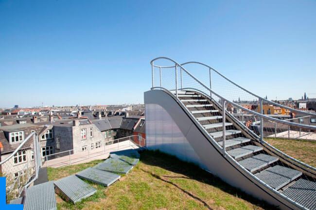 Детские площадки на крышах Копенгагена