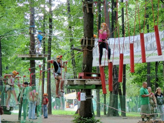 Скалолазание в парке «Сокольники»