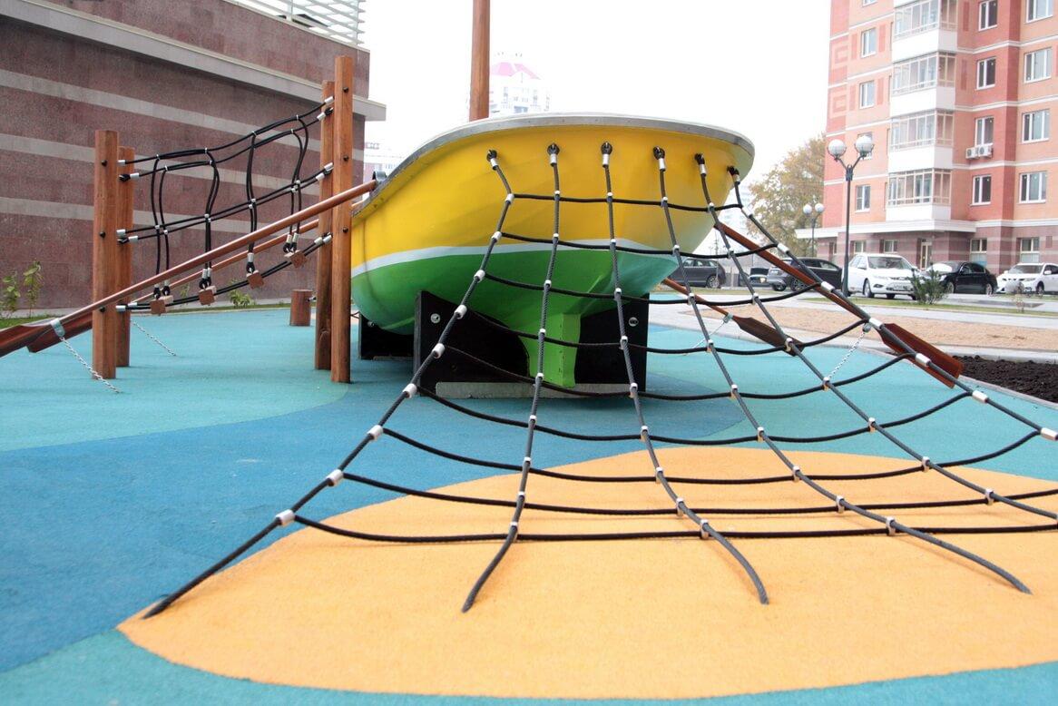 Детская площадка компан