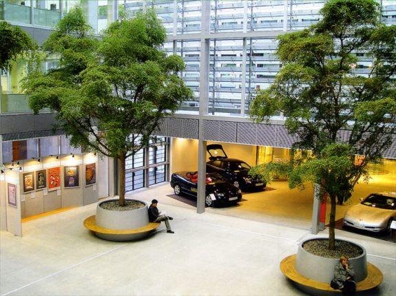 Озеленение торгового центра