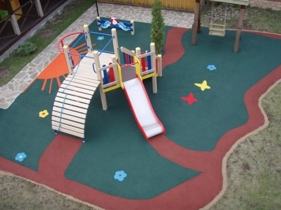 Покрытие детских игровых площадок