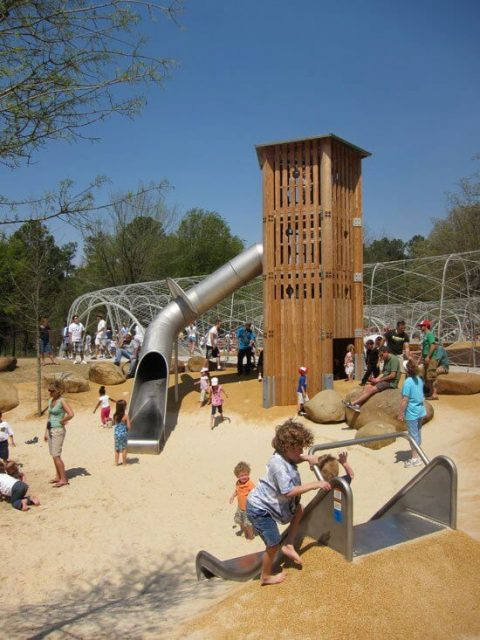 Площадка для игр от Shelby Farm Park Conservatory