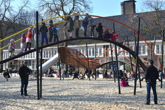 Горки для детей в Oosterpark