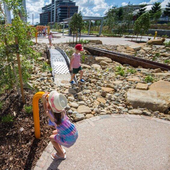 Зона для отдыха детей в Кен Флетчер Park
