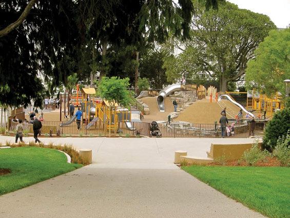 Вход в Лафайет парк