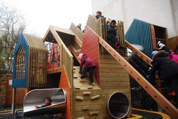 Развлекательные детские площадки в городе Лондон