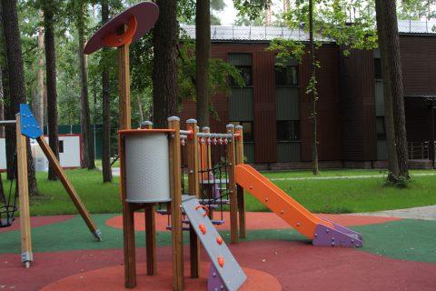 Детская площадка в Жуковке